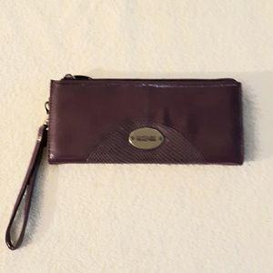 Kenneth Cole Women's Tryfold Wallet